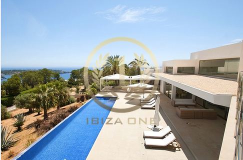 Villas maisons ibiza one agence immobiliere de luxe for Conception villa moderne