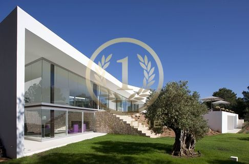 Ricerca avanzata ibiza one agenzia immobiliare di lusso for Noto architetto torinese