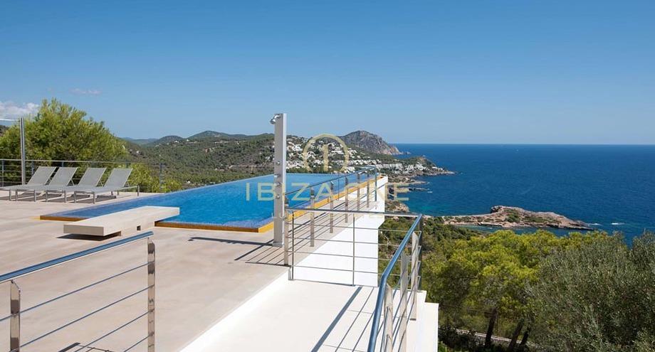 Badkamer Op Formentera : Moderne villa met prachtig uitzicht op formentera en dalt vila