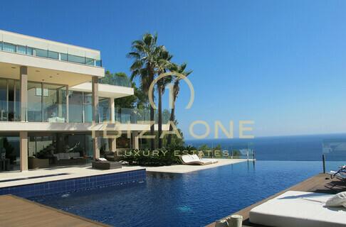 Ville case ibiza one agenzia immobiliare di lusso for Case di lusso al mare