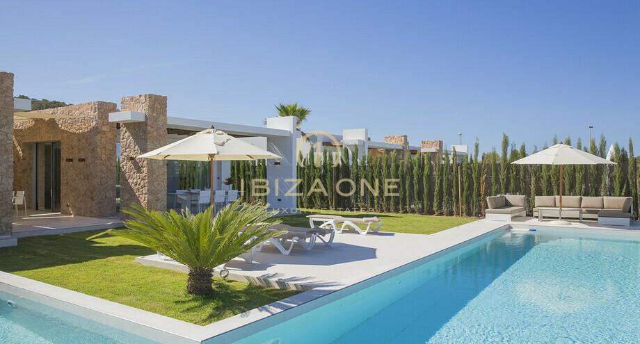Villa de luxe moderne conçu avec vue mer panoramique à vendre et à ...