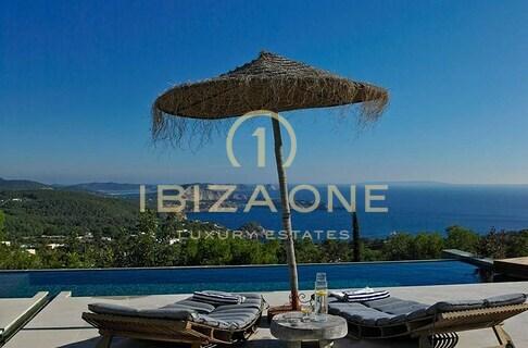 Ibiza Wohnfläche: 390 M² Grundstück: 5.000 M² Schlafzimmer: 4 Badezimmer: 4