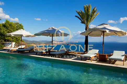 Ville case ibiza one agenzia immobiliare di lusso for Agenzia immobiliare lusso
