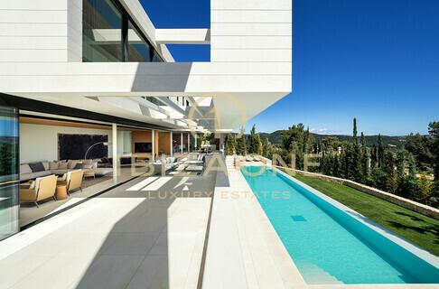 Mallorca Wohnfläche: 925 M² Grundstück: 1.250 M² Schlafzimmer: 5  Badezimmer: 6