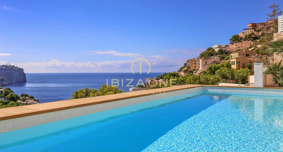 mallorca   vue sur la mer de luxe villa dans un emplacement privil u00e9gi u00e9  u00e0 vendre
